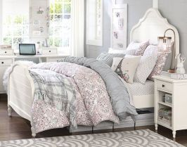 a6891ced69af7bc8e96965978be0315c--teenage-girl-bedrooms-girl-rooms